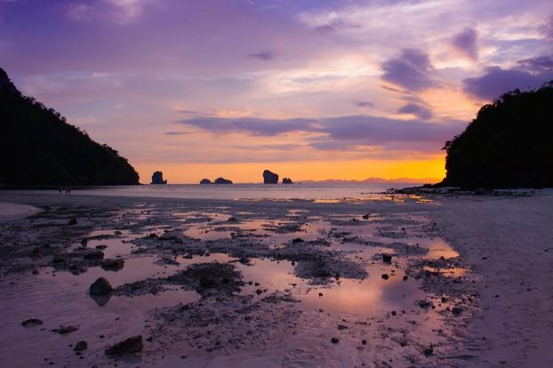 tup-island-west-sunset