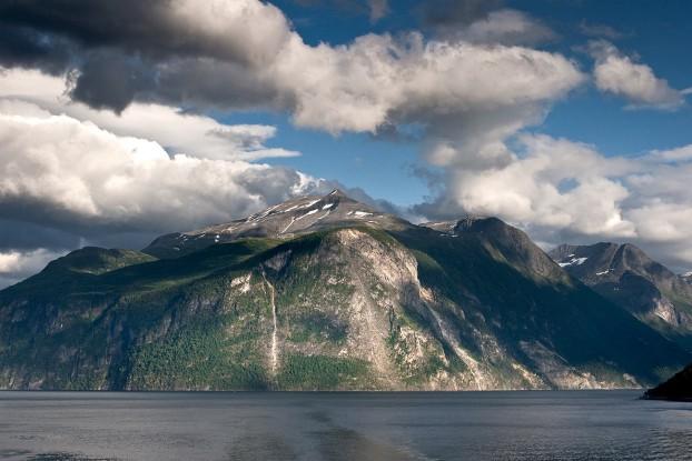 norwegian-fjords3