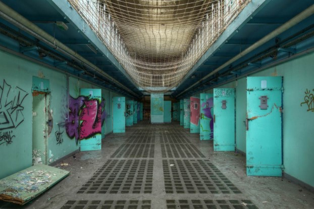 urbex-photography-abandoned-prison6