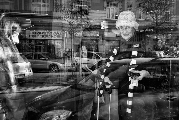 street-photography-inside-out8