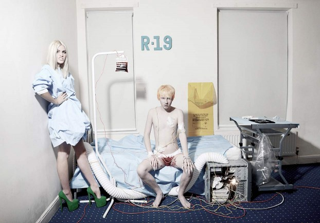 conceptual-photography-bloodshot5