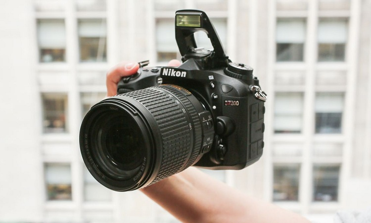 Is Nikon D7200 Good For Beginners?