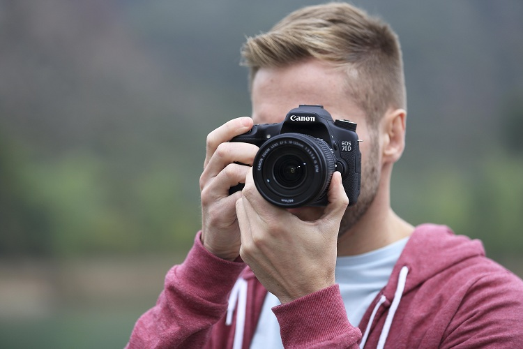 Is Canon 70D Good For Beginners?