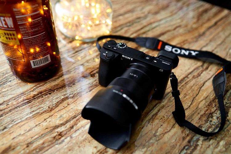 Can I Use A Full Frame Lens On Sony A6500?