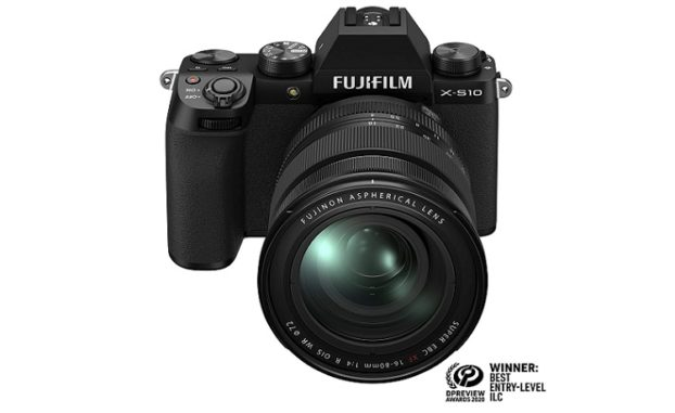 Fujifilm X-S10 Mirrorless Digital Camera XF16-80mm Lens Kit Review